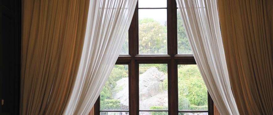 Saginaw, MI drape blinds cleaning